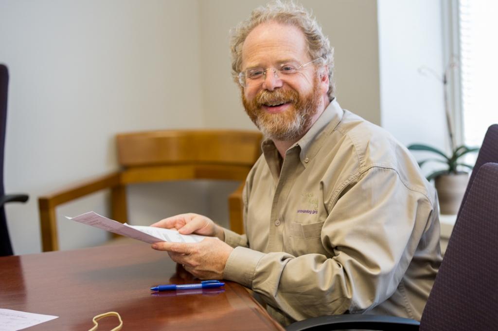 CPA Geoffrey Kulik in the office